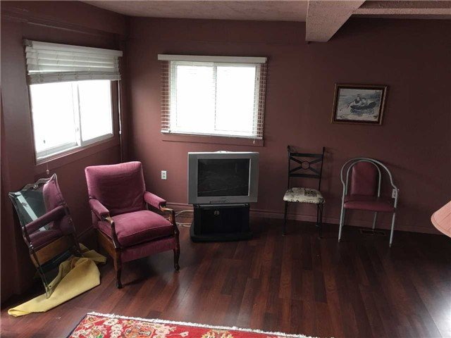 For Sale: 357 Elmwood Avenue, Fort Erie, ON   3 Bed, 1 Bath House for $349,900. See 6 photos!