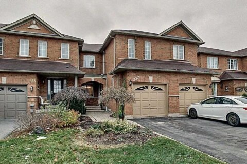 Townhouse for sale at 357 Ravineview Wy Oakville Ontario - MLS: W5002137