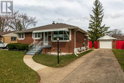 House for sale at 3570 Mckay  Windsor Ontario - MLS: 19016295