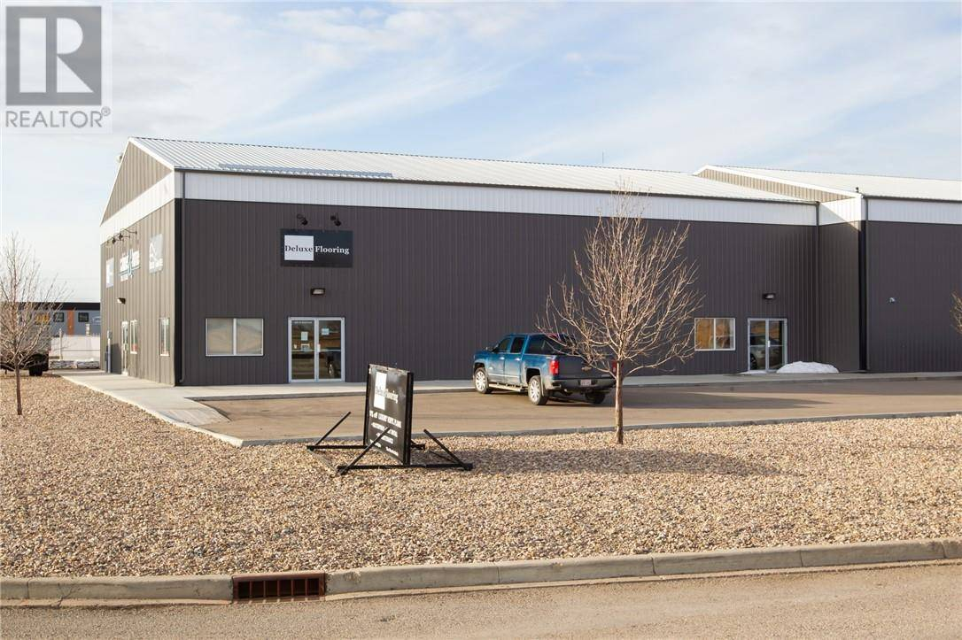 Commercial property for lease at 3573 30 Ave N Lethbridge Alberta - MLS: ld0183932
