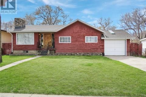 House for sale at 358 7th Ave SE Swift Current Saskatchewan - MLS: SK771273