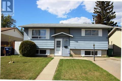 House for sale at 358 Fisher Cres Saskatoon Saskatchewan - MLS: SK772799