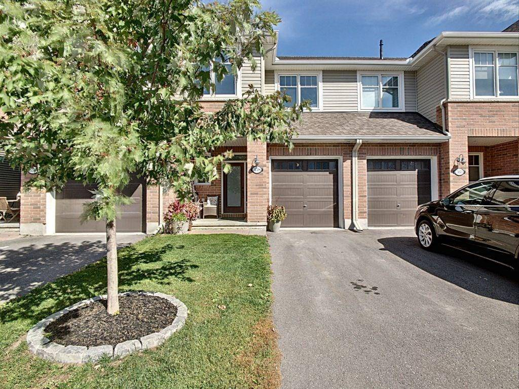 Townhouse for sale at 358 Warmstone Dr Stittsville Ontario - MLS: 1171554