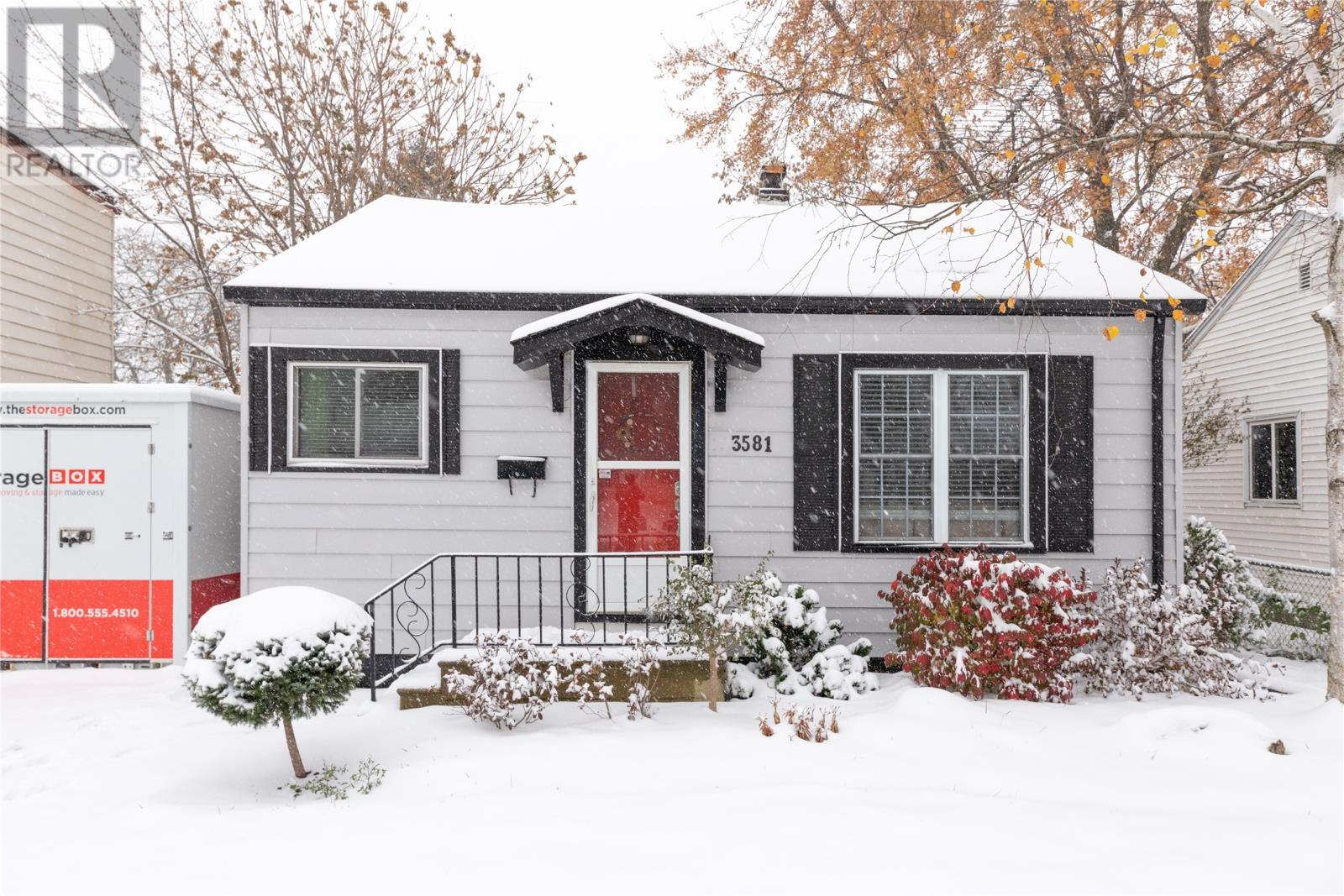 Removed: 3581 Girardot, Windsor, ON - Removed on 2019-11-16 06:12:19