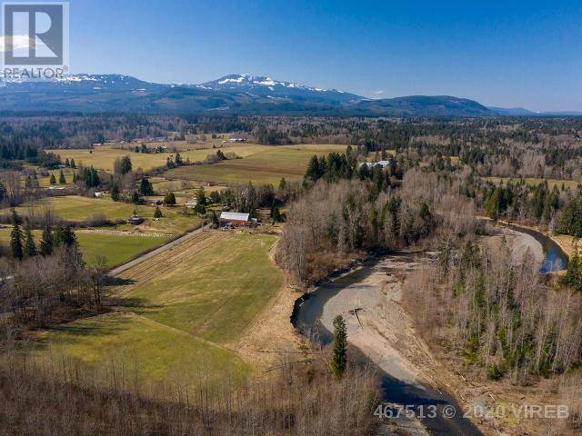 House for sale at 3583 Dove Creek Rd Courtenay British Columbia - MLS: 467513