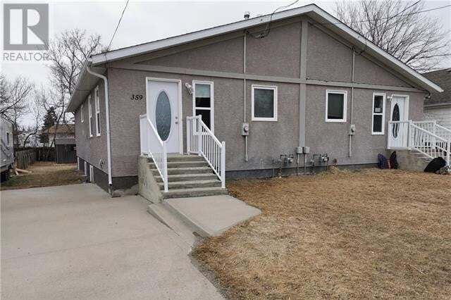 Townhouse for sale at 359 3 Ave West Cardston Alberta - MLS: ld0186836