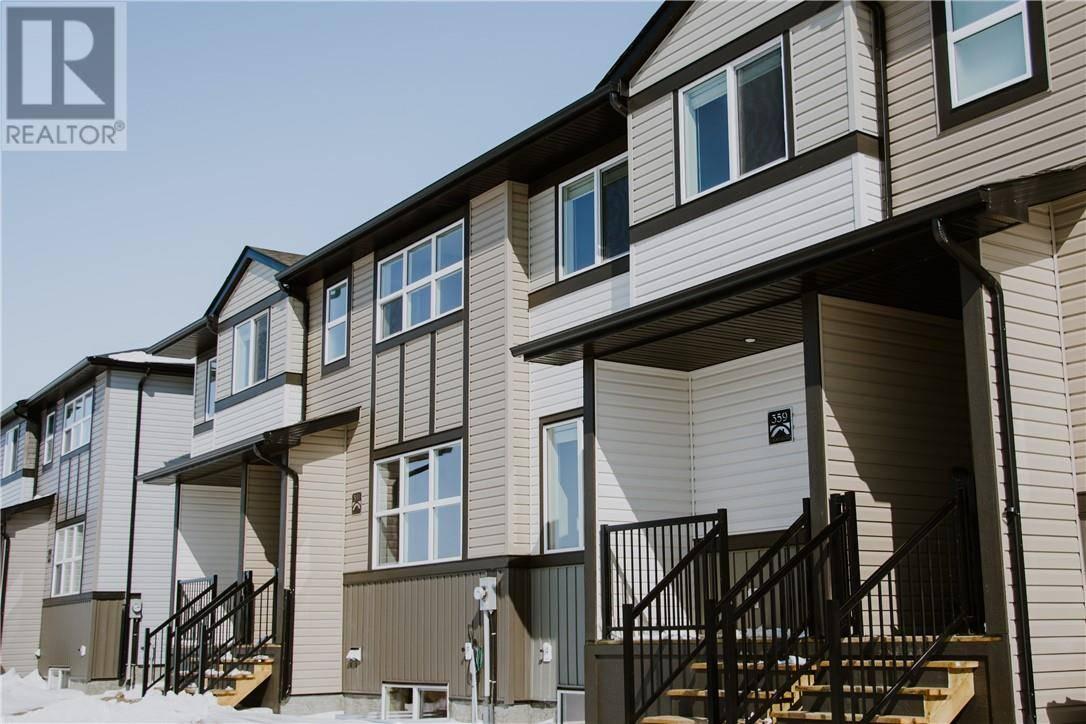 Townhouse for sale at 359 Mildred Dobbs Blvd N Lethbridge Alberta - MLS: ld0191006