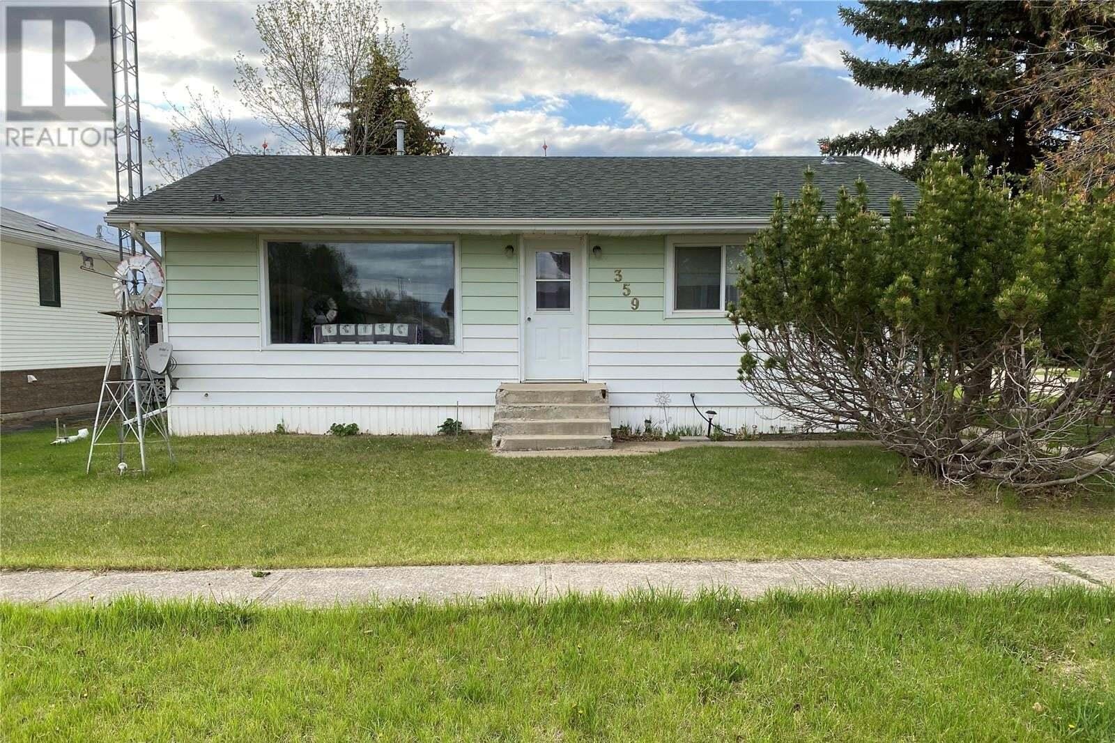 House for sale at 359 Minto St Elbow Saskatchewan - MLS: SK809819