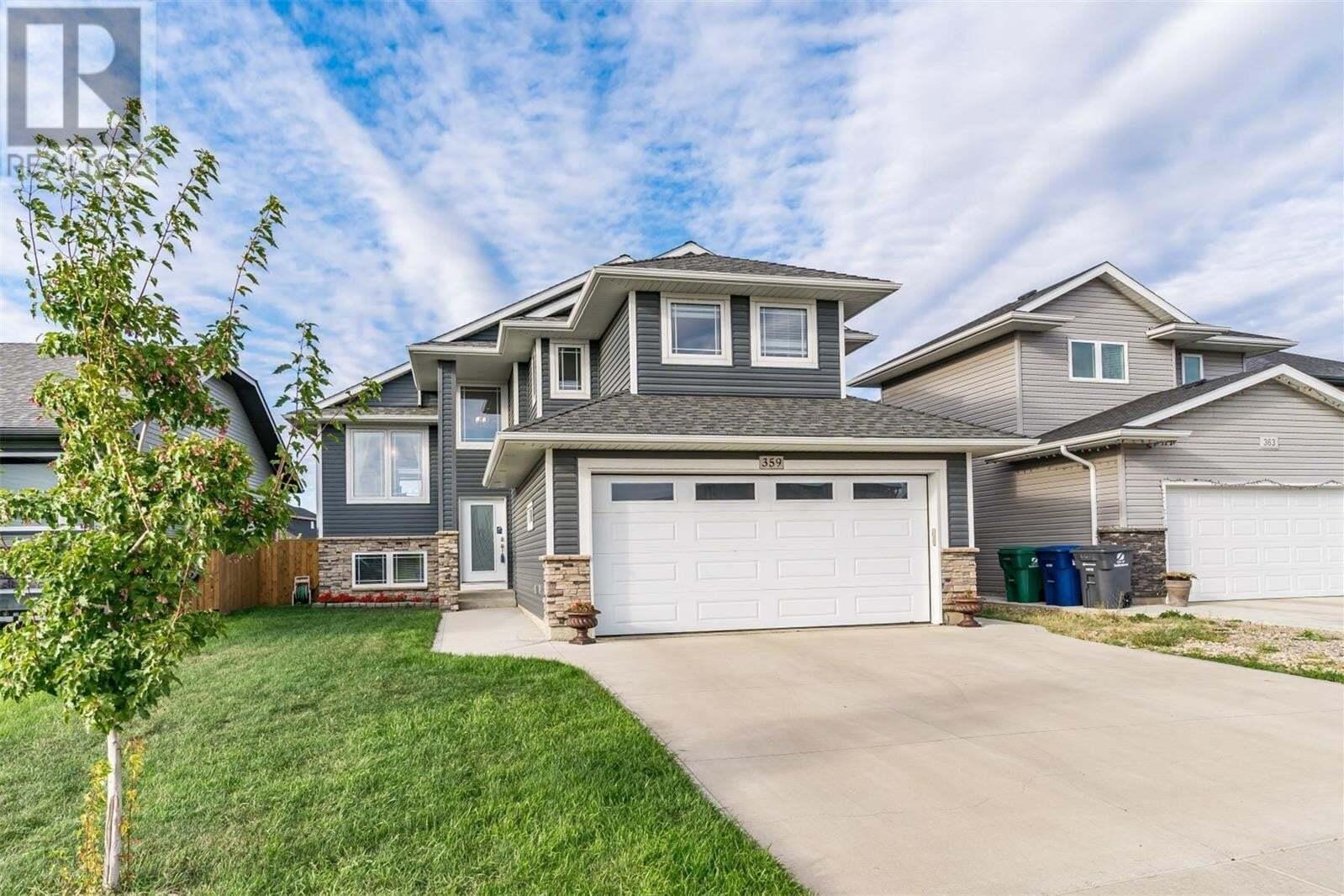 House for sale at 359 Pringle Ct Saskatoon Saskatchewan - MLS: SK826916