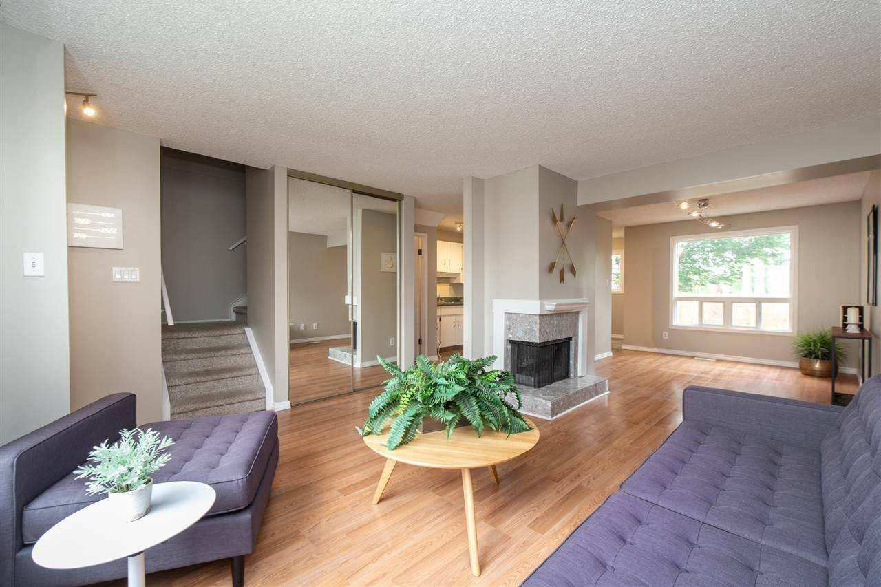 Townhouse for sale at 1651 46 St Nw Unit 36 Edmonton Alberta - MLS: E4164804