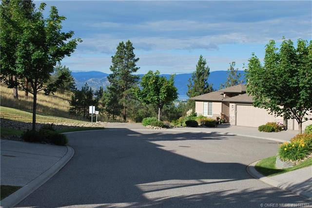 For Sale: 36 - 3512 Ridge Boulevard, West Kelowna, BC | 3 Bed, 3 Bath Townhouse for $675,000. See 50 photos!