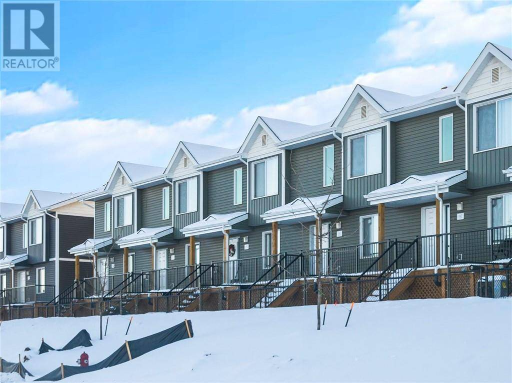 Townhouse for sale at 401 Athabasca Ave Unit 36 Fort Mcmurray Alberta - MLS: fm0188262