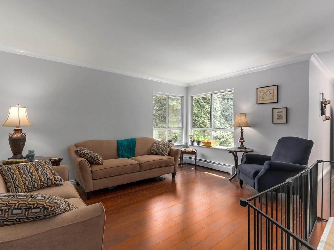 Buliding: 9000 Ash Grove Crescent, Burnaby, BC