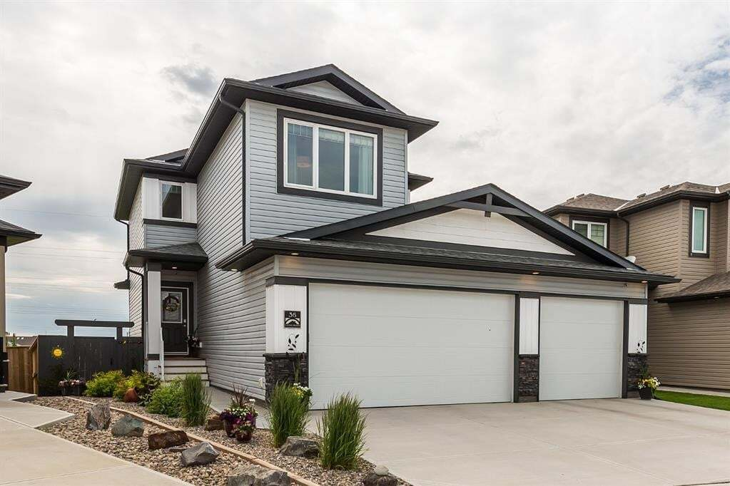 House for sale at 36 Alma Isobell Hodder Cres North Lethbridge Alberta - MLS: A1006409