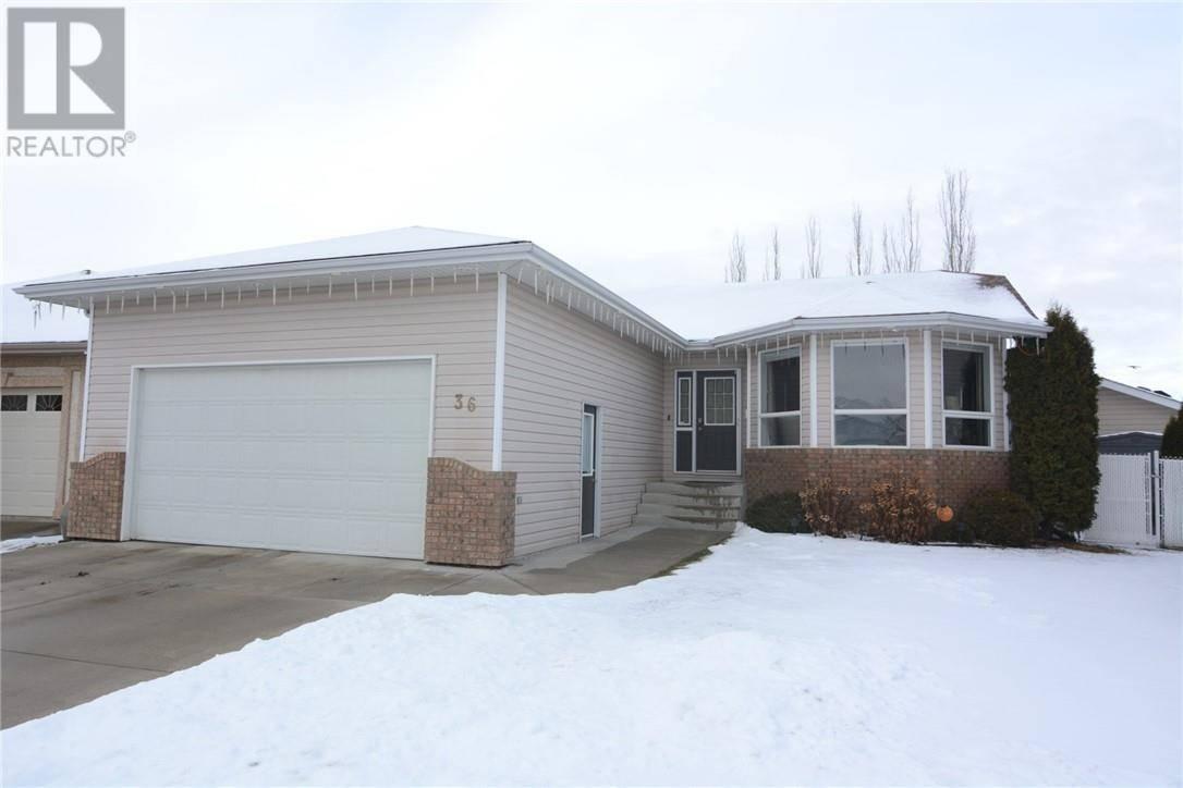 House for sale at 36 Andrews Cs Red Deer Alberta - MLS: ca0180256