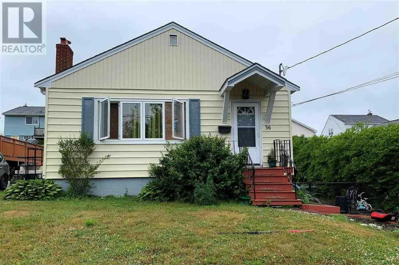 House for sale at 36 Auburn Ave Halifax Nova Scotia - MLS: 202012218