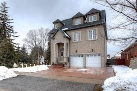 House for sale at 36 Bond Cres Richmond Hill Ontario - MLS: N5077163