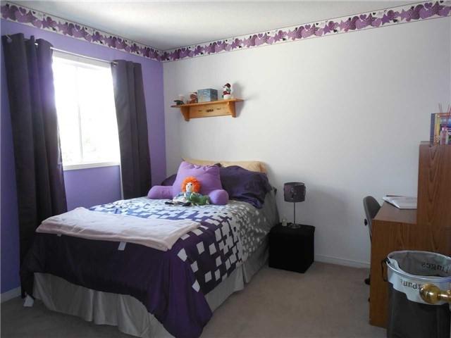 For Sale: 36 Bonnycastle Drive, Clarington, ON   4 Bed, 3 Bath House for $559,000. See 20 photos!