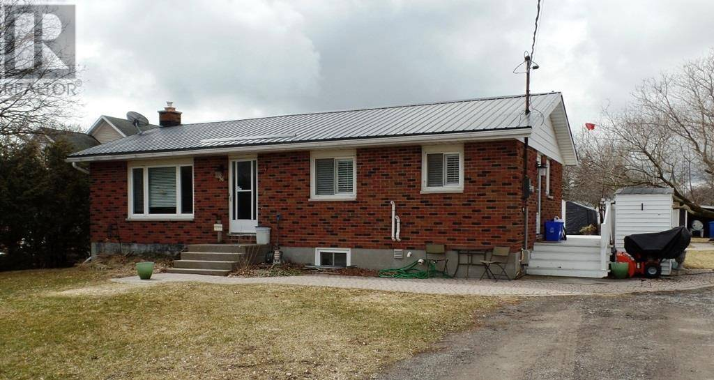 House for sale at 36 Cleminson St Wellington Ontario - MLS: K20001696