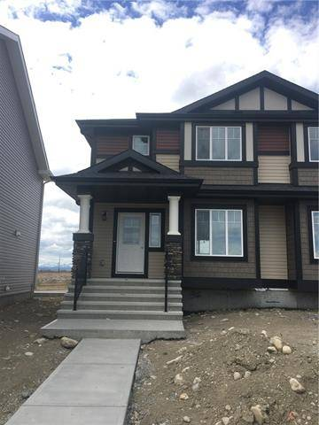 Townhouse for sale at 36 Clydesdale Cres Cochrane Alberta - MLS: C4244986