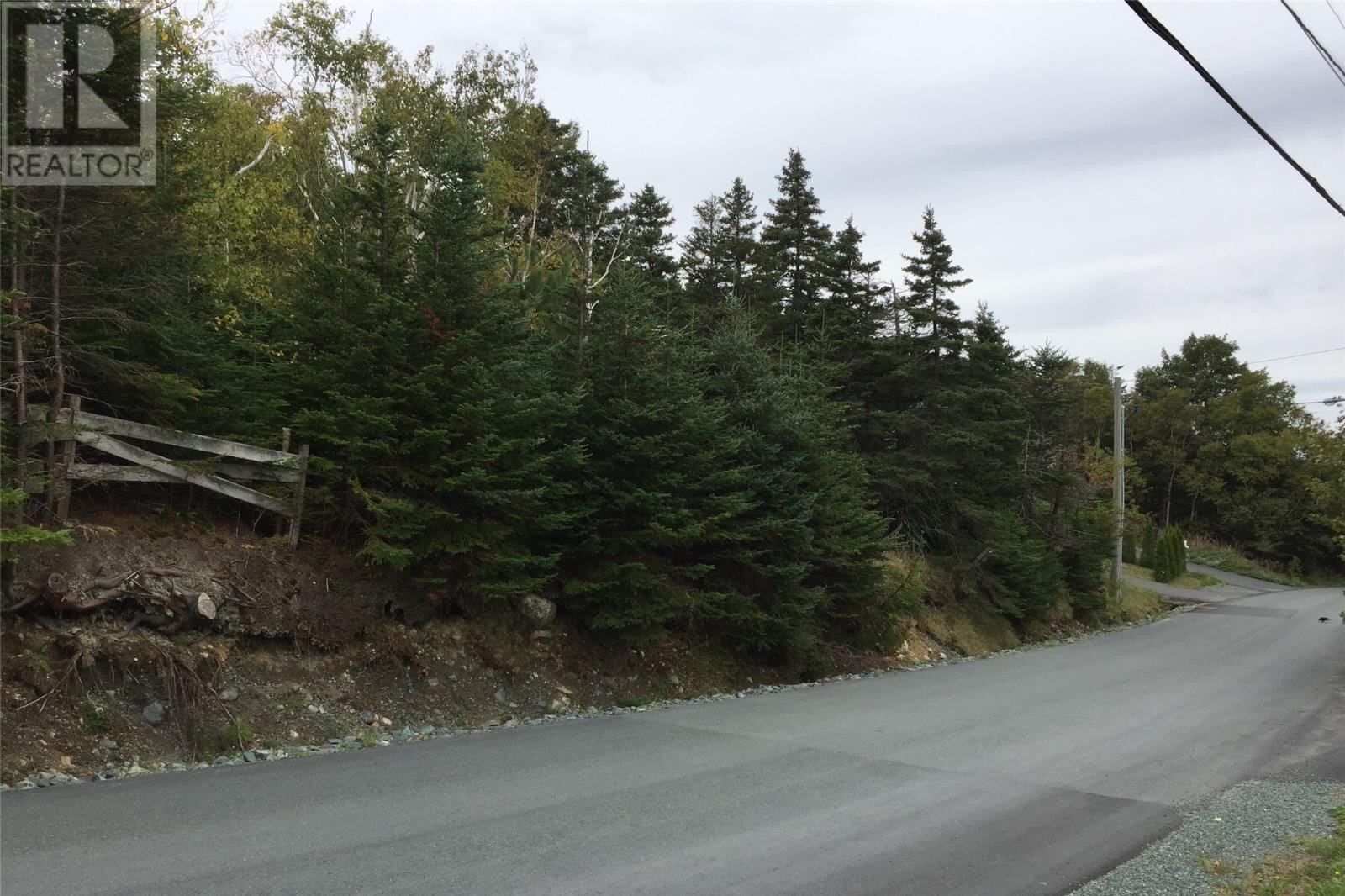 Home for sale at 36 Easons Rd Conception Bay South Newfoundland - MLS: 1221565