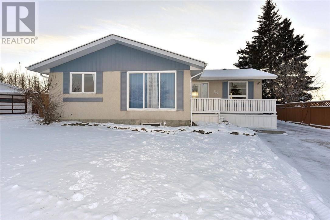 House for sale at 36 Harvey Cs Red Deer Alberta - MLS: ca0183345