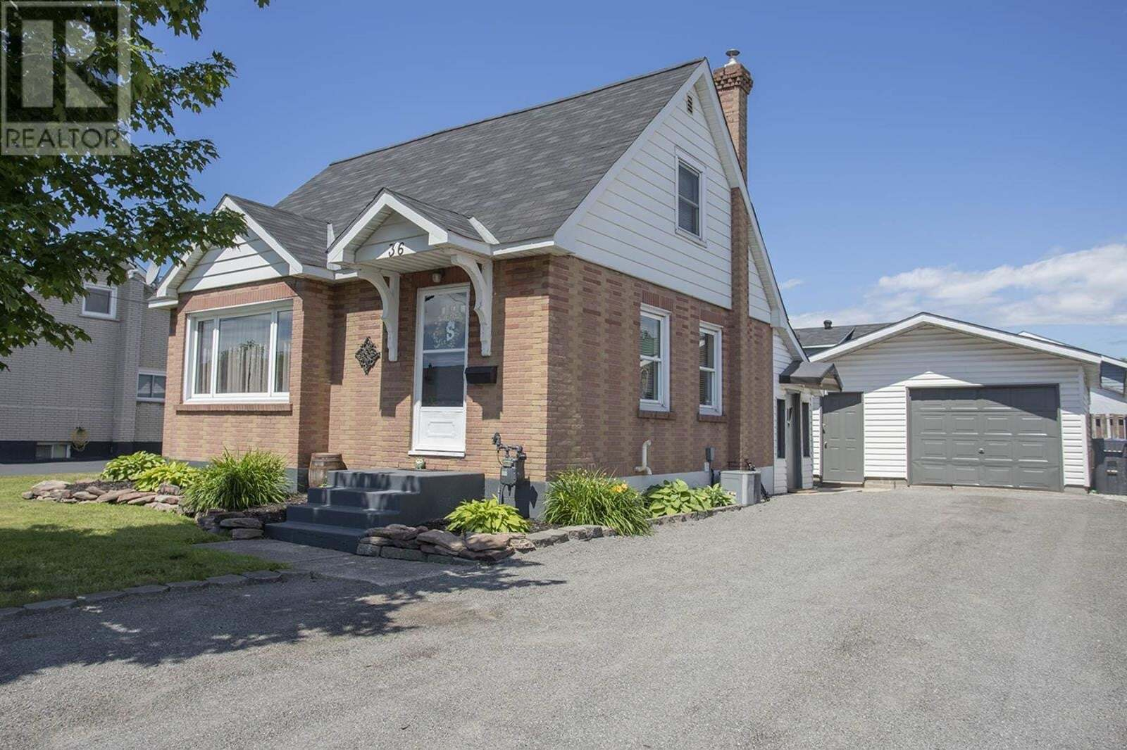 House for sale at 36 Hocking Ave Sault Ste. Marie Ontario - MLS: SM129396
