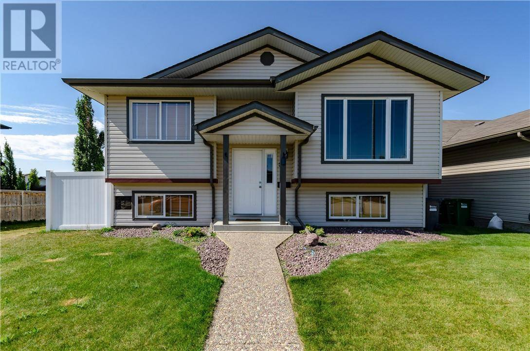 House for sale at 36 Isaacson Cres Red Deer Alberta - MLS: ca0177815