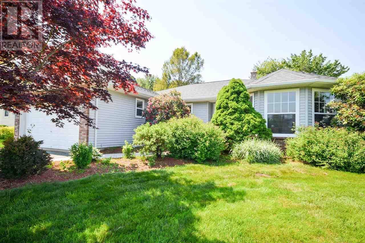 House for sale at 36 Lexington Ave Dartmouth Nova Scotia - MLS: 201901939