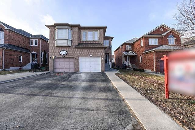 House for sale at 36 Oatfield Road Brampton Ontario - MLS: W4334737