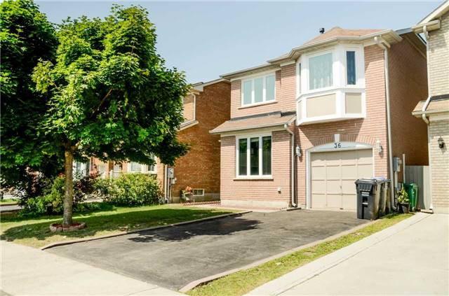 Sold: 36 Shady Pine Circle, Brampton, ON