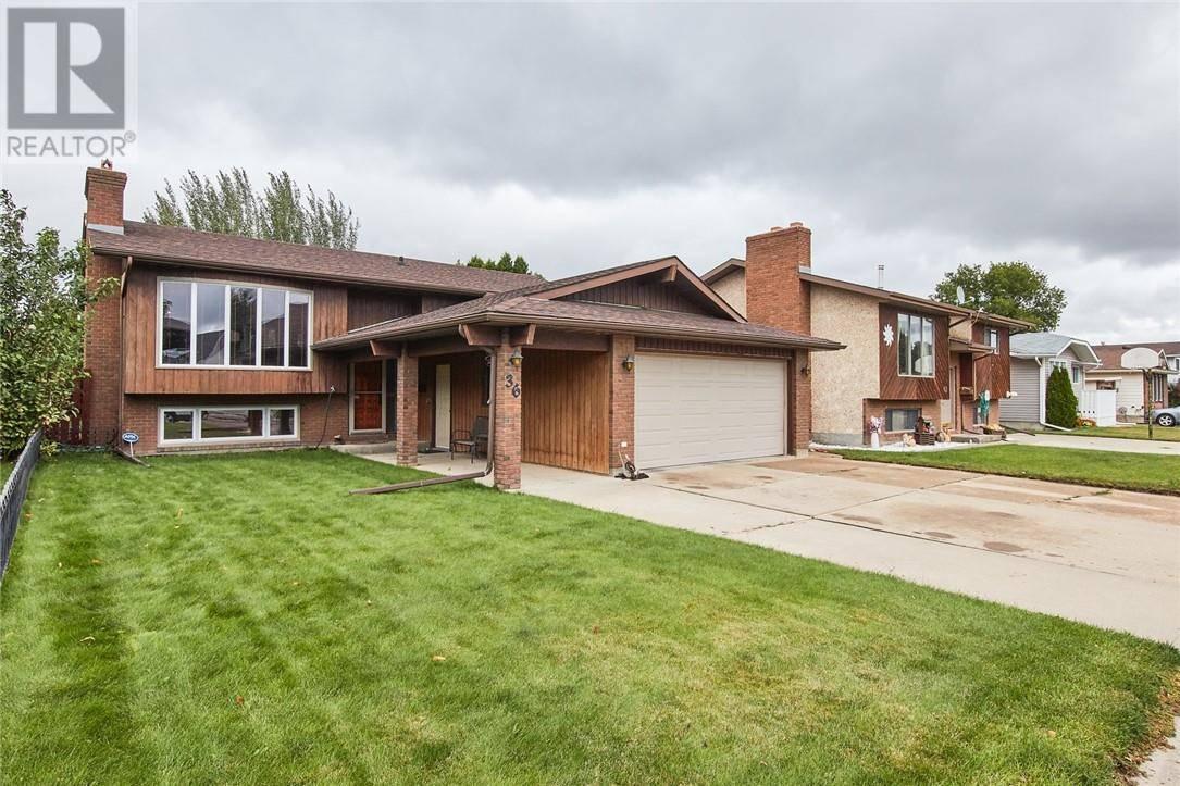 House for sale at 36 Stevenson St Se Medicine Hat Alberta - MLS: mh0178198