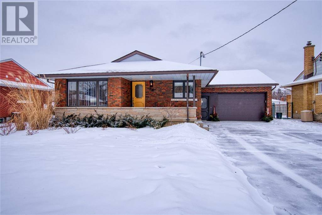 Townhouse for sale at 36 Traynor Ave Kitchener Ontario - MLS: 30789275