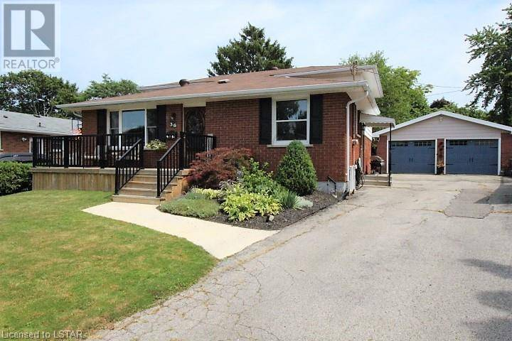 House for sale at 36 Vanbuskirk Dr St. Thomas Ontario - MLS: 220660