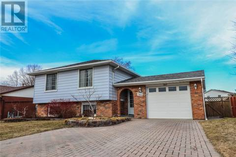 House for sale at 360 Baldoon Rd Chatham Ontario - MLS: 19014719