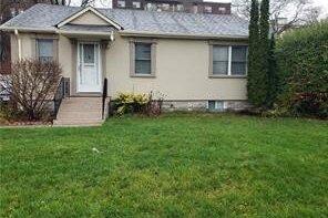 House for sale at 360 Bartos Dr Oakville Ontario - MLS: O5053044