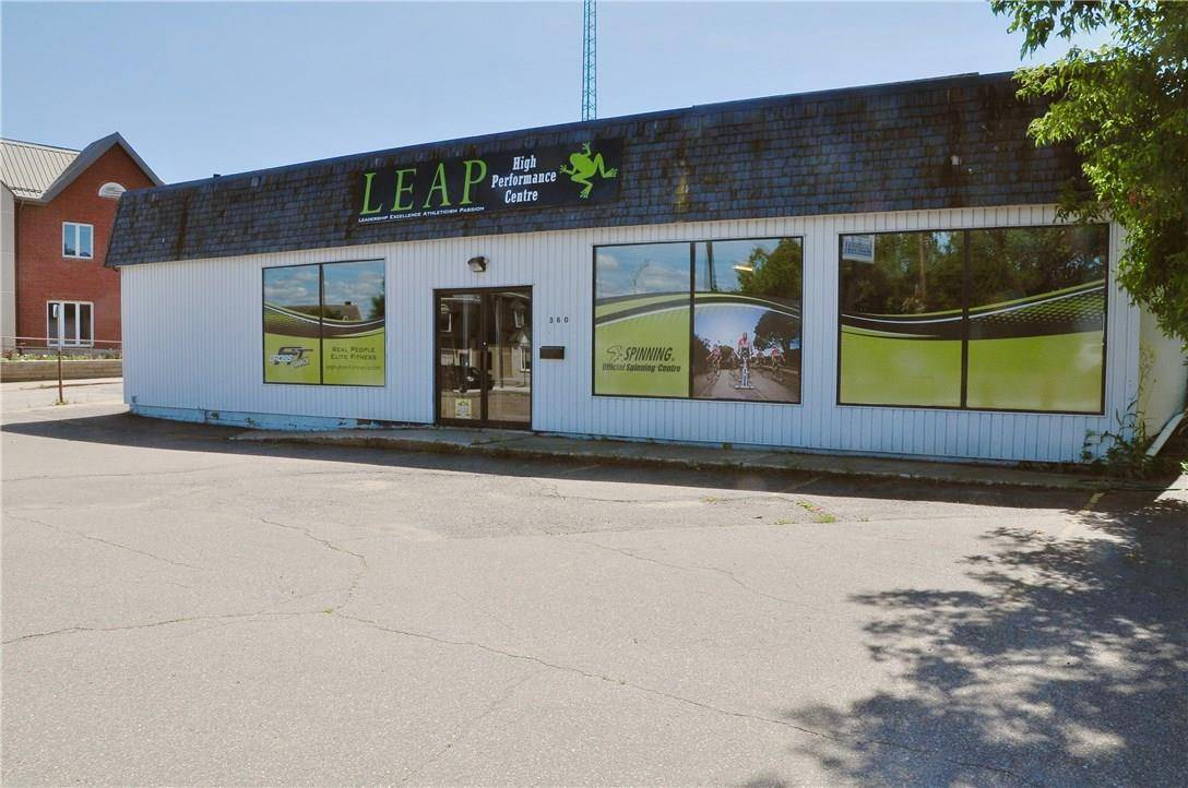 Commercial property for sale at 360 Pembroke St W Pembroke Ontario - MLS: 1147384