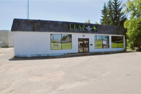 Commercial property for lease at 360 Pembroke St Pembroke Ontario - MLS: 1219533