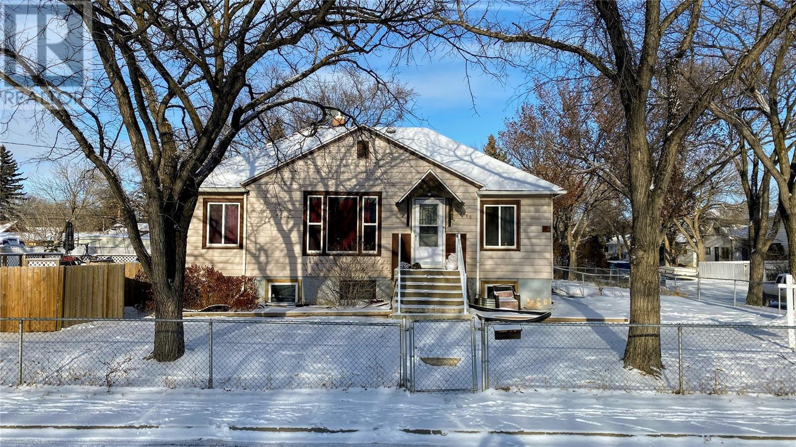 Removed: 3600 3rd Avenue, Regina, SK - Removed on 2020-04-01 05:54:06