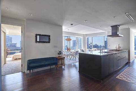 Condo for sale at 180 Univeristy Ave Unit 3601 Toronto Ontario - MLS: C4580869