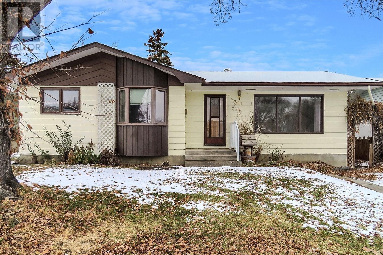 House for sale at 361 Allen Dr Swift Current Saskatchewan - MLS: SK831120