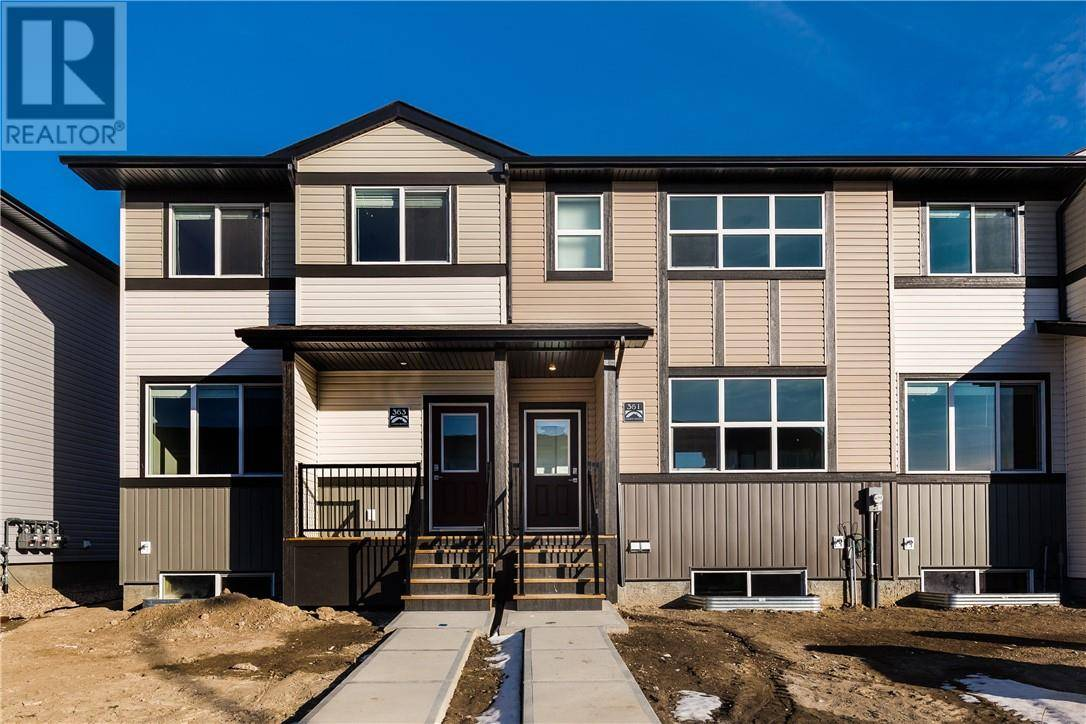 Townhouse for sale at 361 Mildred Dobbs Blvd N Lethbridge Alberta - MLS: ld0183102
