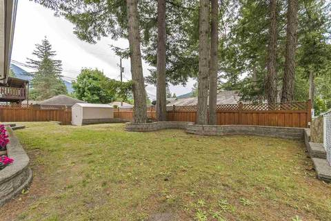House for sale at 361 Pine St Cultus Lake British Columbia - MLS: R2453409