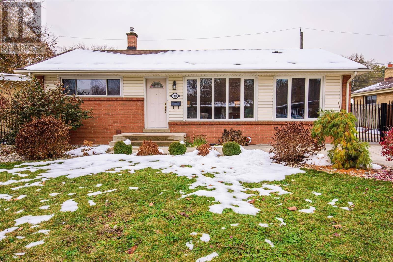 House for sale at 3611 Rankin  Windsor Ontario - MLS: 19028586