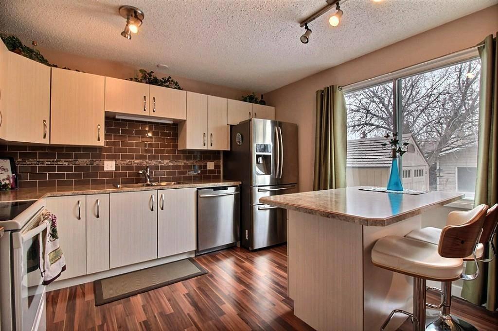 3612 42a Avenue Nw, Edmonton | Image 2