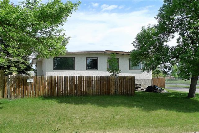 For Sale: 3625 28a Avenue Southeast, Calgary, AB   4 Bed, 2 Bath Townhouse for $235,000. See 19 photos!