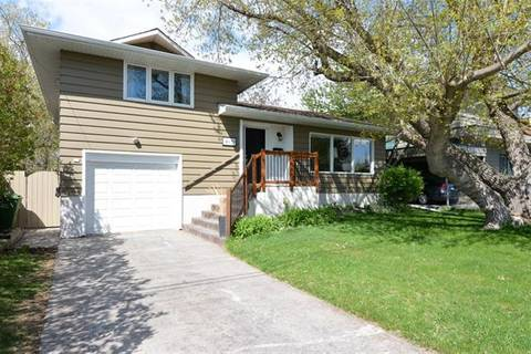 House for sale at 3629 13a St Southwest Calgary Alberta - MLS: C4241644