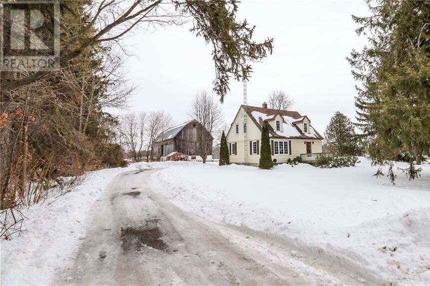 Residential property for sale at 363 12 Line North Oro-medonte Ontario - MLS: 30794474