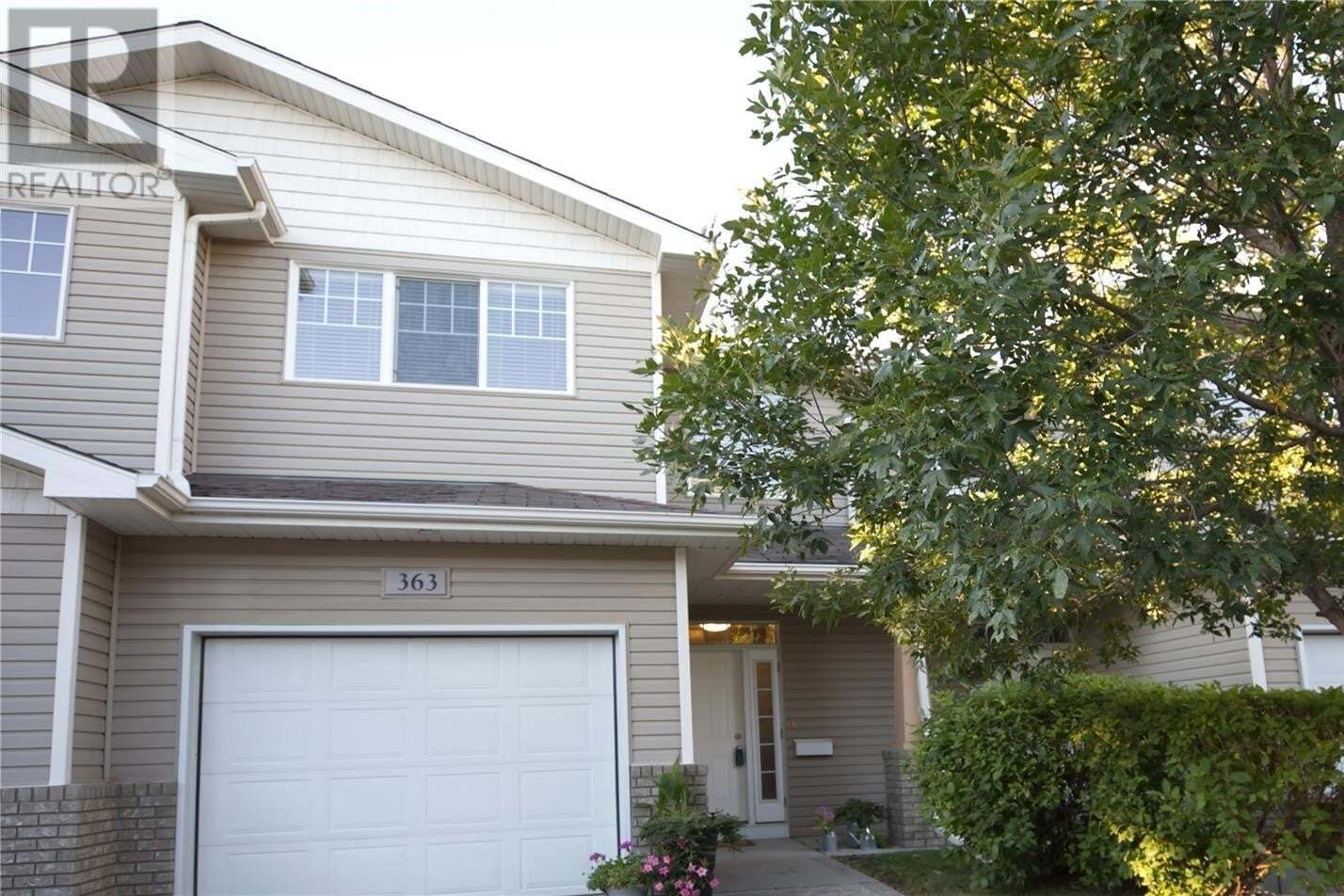 Townhouse for sale at 363 Pickard Wy N Regina Saskatchewan - MLS: SK825947