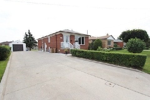 House for sale at 363 Southview Rd Oakville Ontario - MLS: W4874390